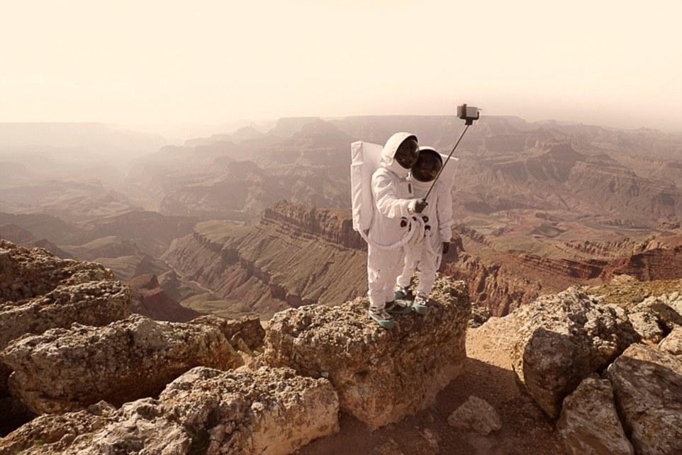 Julien Mauve – Üdvözlet a Marsról